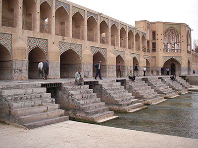 Isfahan-Khaju-bridge-short-tour